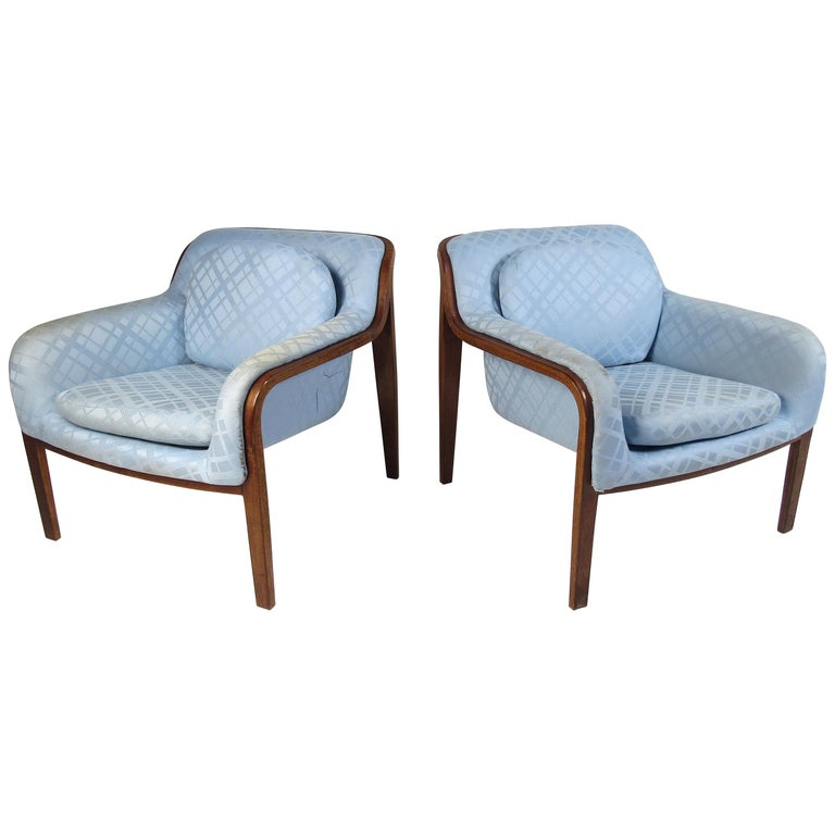 Pair of Midcentury Bentwood Lounge Chairs by Bill Stephens for Knoll For Sale