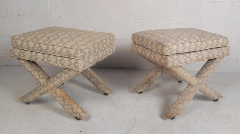 Mid-Century Modern Pair of Midcentury Billy Baldwin Style Ottomans For Sale