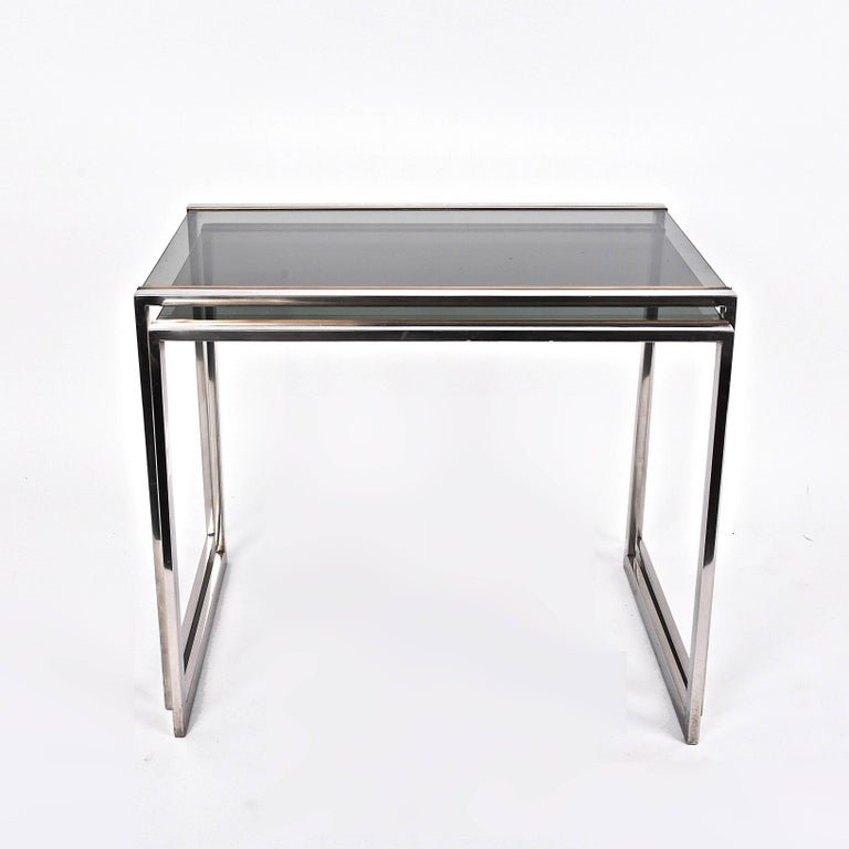 Mid-Century Modern Pair of Midcentury Brass and Smoked Glass French Nesting Tables, 1970s For Sale