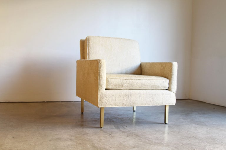 Pair of Midcentury Brass White Lounge Chairs For Sale 1