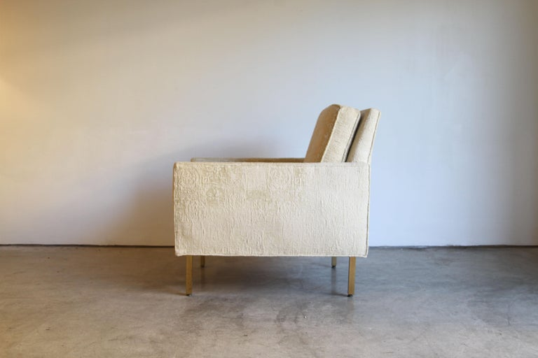 Pair of Midcentury Brass White Lounge Chairs For Sale 2