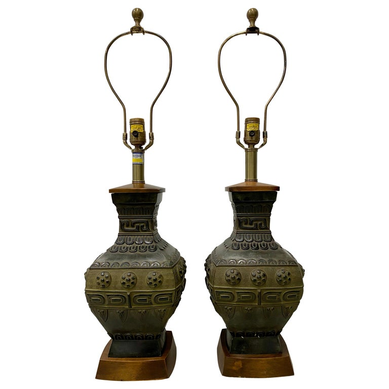 Pair of Midcentury Bronze Urn Lamps by Marbro, circa 1950 For Sale