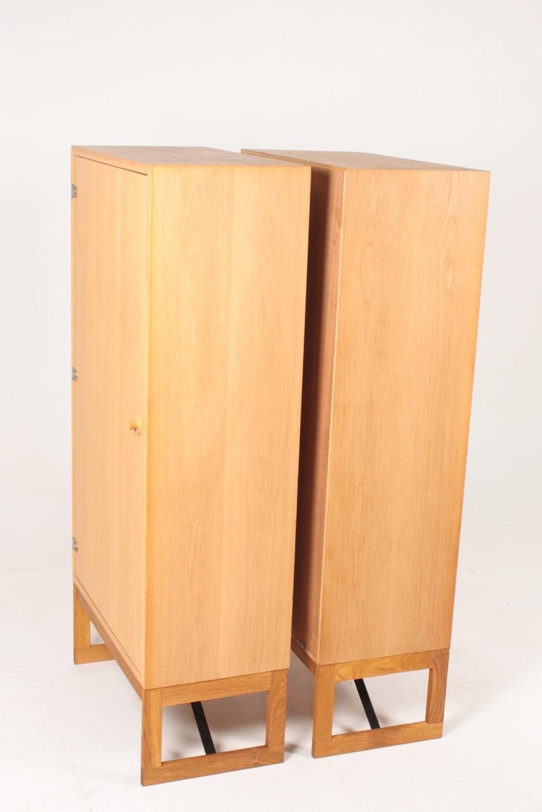 Pair of Midcentury Cabinets in Oak Designed by Børge Mogensen, 1960s For Sale 3