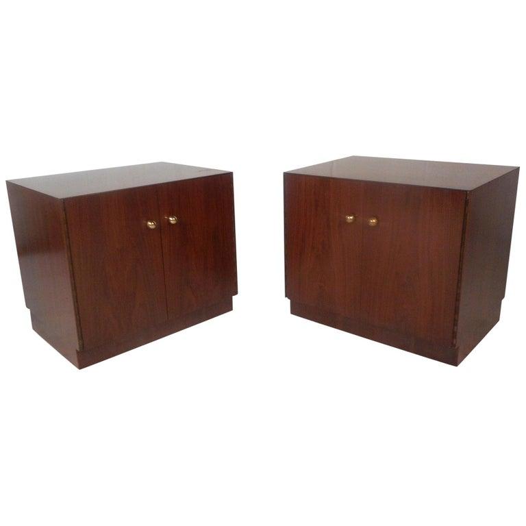 Pair of Midcentury Dunbar Style Nightstands For Sale