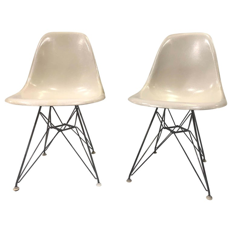 Pair of Midcentury Eames Fiberglass Eiffel Tower Shell Chairs for Herman Miller For Sale