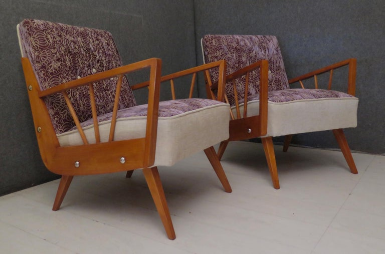 Pair of Midcentury Embroidered Velvet and Light Wood Italian Armchairs, 1950 For Sale 8