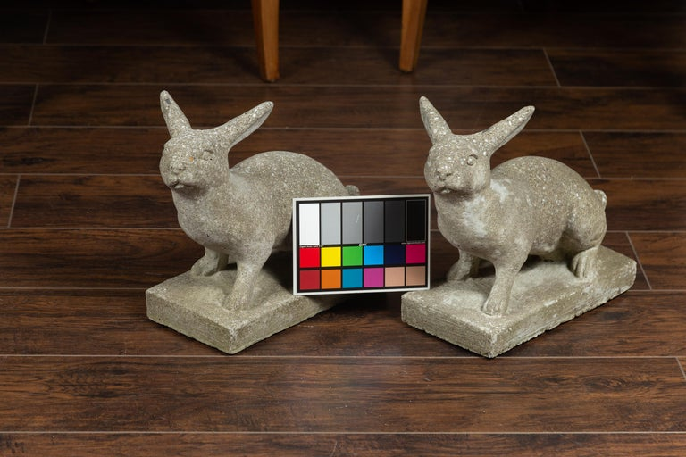 Pair of Midcentury English Concrete Rabbits Sculptures on Rectangular Bases For Sale 5