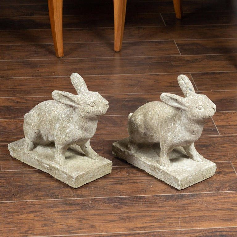 Mid-Century Modern Pair of Midcentury English Concrete Rabbits Sculptures on Rectangular Bases For Sale