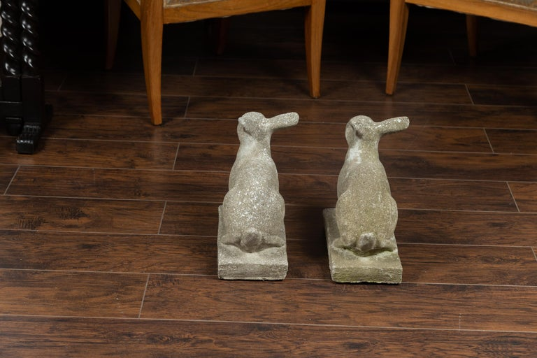 Pair of Midcentury English Concrete Rabbits Sculptures on Rectangular Bases For Sale 4