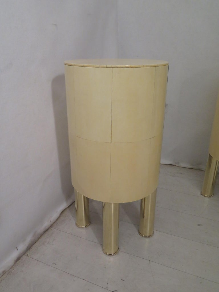 Pair of Midcentury Goat Skin and Brass Italian Nightstands, 1950 For Sale 9