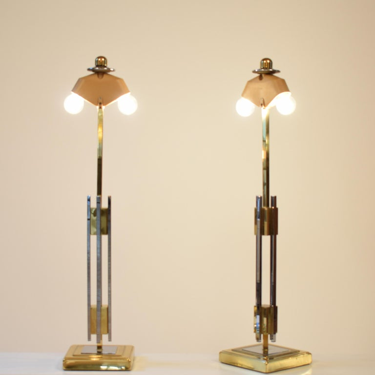 Italian Pair of Midcentury Gold and Chrome Table Lamps by Willy Rizzo For Sale