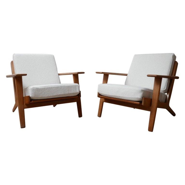 Pair of Midcentury Hans Wegener GE-290 Armchairs For Sale