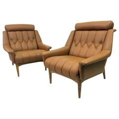 Pair of Midcentury Italian 1960s Leather Armchairs