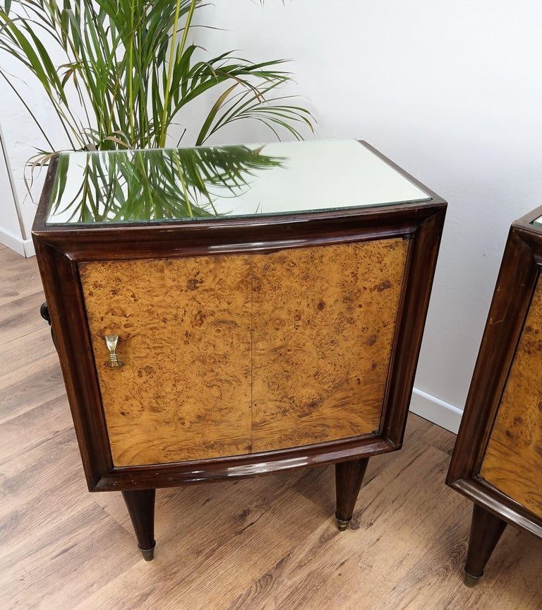 Pair of Midcentury Italian Art Deco Bedside Tables, Briar Wood and Mirror Top For Sale 1