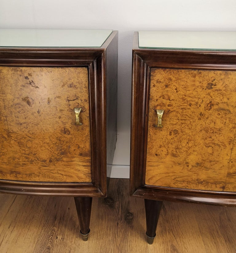 Pair of Midcentury Italian Art Deco Bedside Tables, Briar Wood and Mirror Top For Sale 3