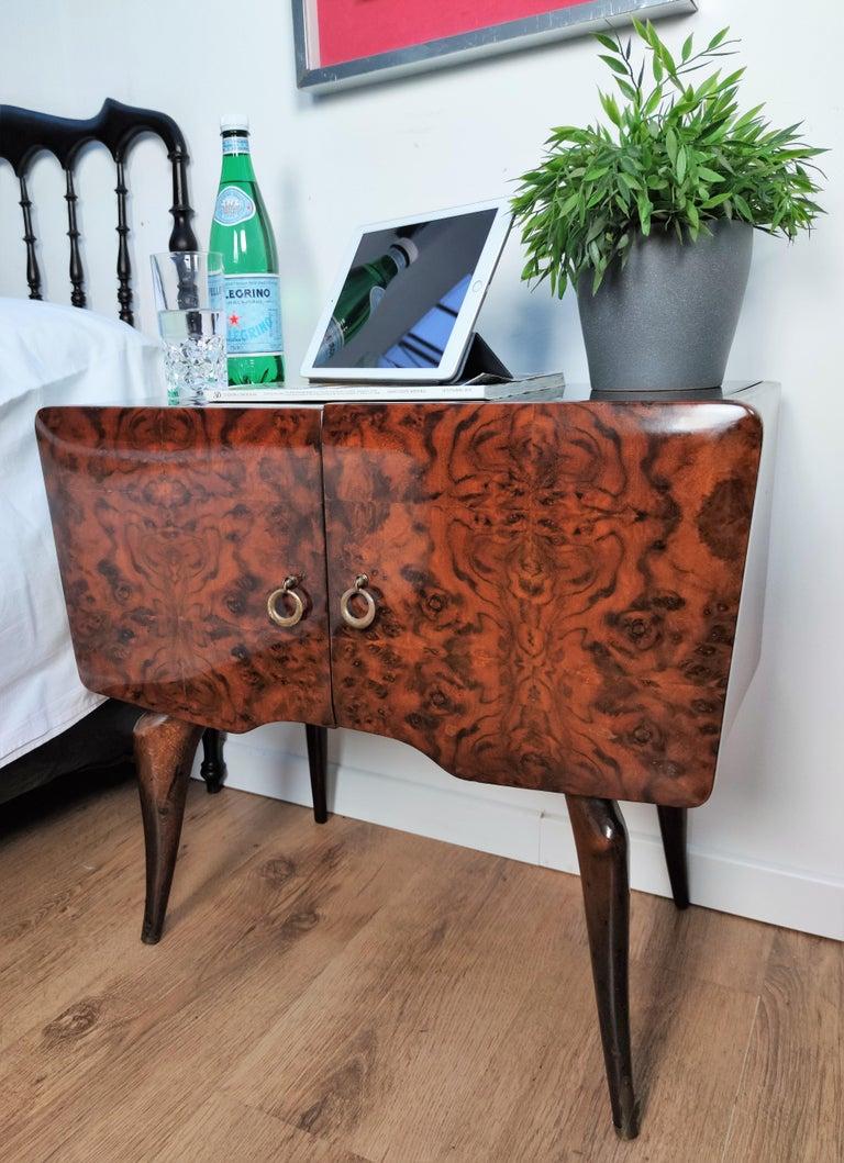 Pair of Midcentury Italian Art Deco Nightstands Bedside Tables Burl Brass Glass For Sale 1