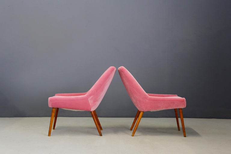 Mid-20th Century Pair of Midcentury Italian Attributed by Carlo Pagani in Pink Velvet, 1950s For Sale