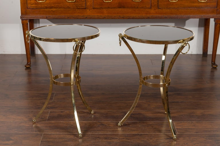 Pair of Midcentury Italian Brass Tables with Black Mirrored Tops and Ring Motifs For Sale 7