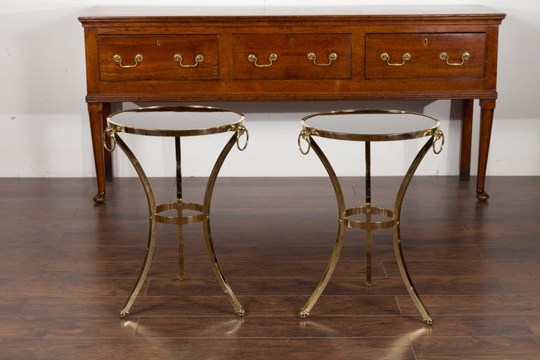 Pair of Midcentury Italian Brass Tables with Black Mirrored Tops and Ring Motifs For Sale 4