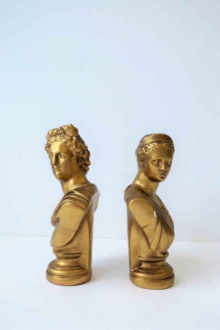 Pair of Midcentury Italian Gold Plaster Classic Roman Bust Sculptures For Sale 5
