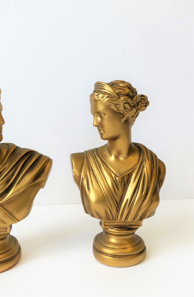 Pair of Midcentury Italian Gold Plaster Classic Roman Bust Sculptures For Sale 1