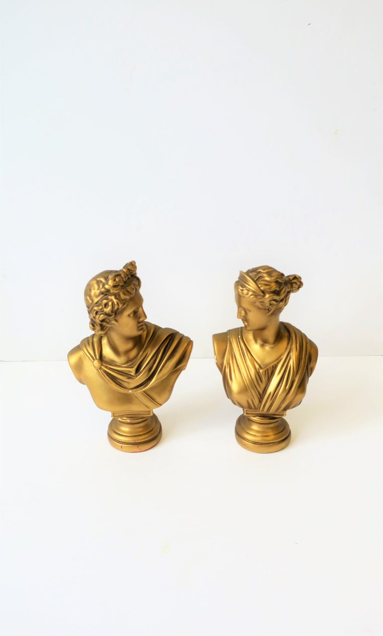 Pair of Midcentury Italian Gold Plaster Classic Roman Bust Sculptures For Sale 2