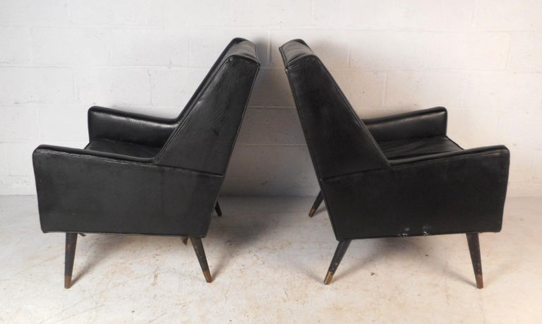 Pair of Midcentury Italian Lounge Chairs In Good Condition For Sale In Brooklyn, NY