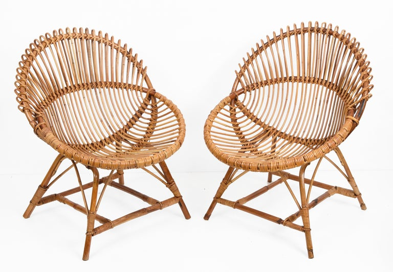 Pair of Midcentury Italian Rattan and Metal Shell-Shaped Armchairs, Italy, 1950s For Sale 4