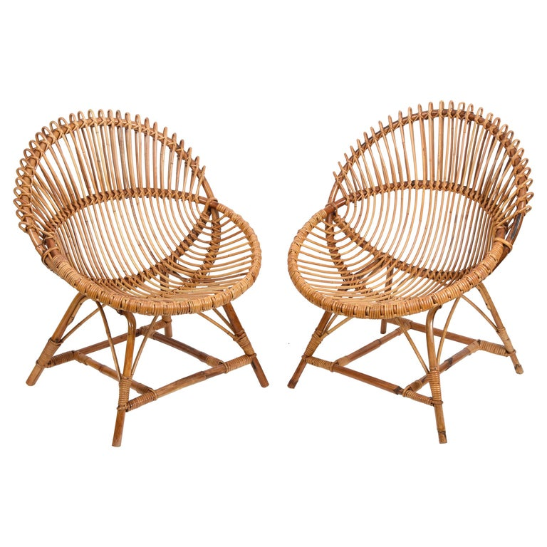 Pair of Midcentury Italian Rattan and Metal Shell-Shaped Armchairs, Italy, 1950s For Sale