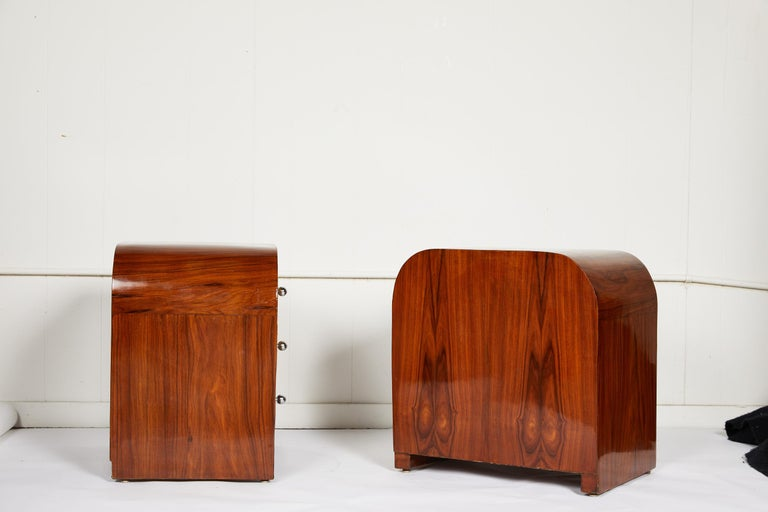 Mid-Century Modern Pair of Midcentury Italian Side Tables For Sale