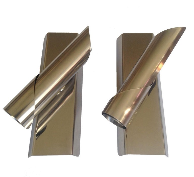Pair of Midcentury Italian Space Age Wall Sconces, 1970s For Sale 1