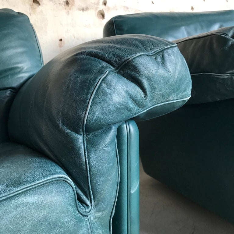 Pair of Midcentury Lounge Chairs by Poltrona Frau, Italy, 1970s For Sale 2
