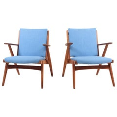 Pair of Midcentury Lounge Chairs in Oak, 1950s