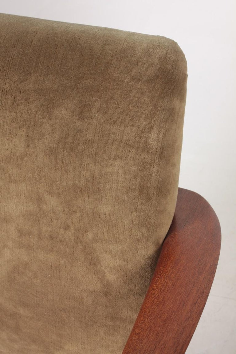 Pair of Midcentury Lounge Chairs in Teak and Velvet by C.B Hansen, 1950s For Sale 4