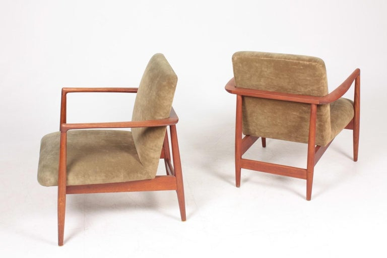 Mid-20th Century Pair of Midcentury Lounge Chairs in Teak and Velvet by C.B Hansen, 1950s For Sale