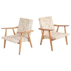 Pair of Midcentury Lounge Chairs Model GE260 in Oak by Hans Wegner, 1960s