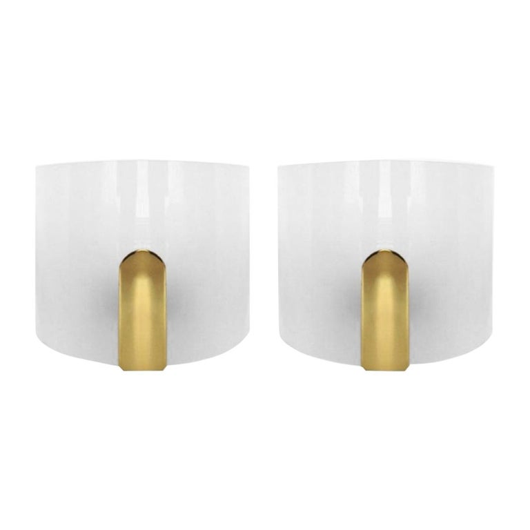 Pair of Midcentury Lucite and Brass Wall Sconces by Metalarte, 1980s For Sale