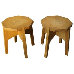 Pair of Midcentury Made, Dismantable Solid Oak End Tables of Excellent Condition
