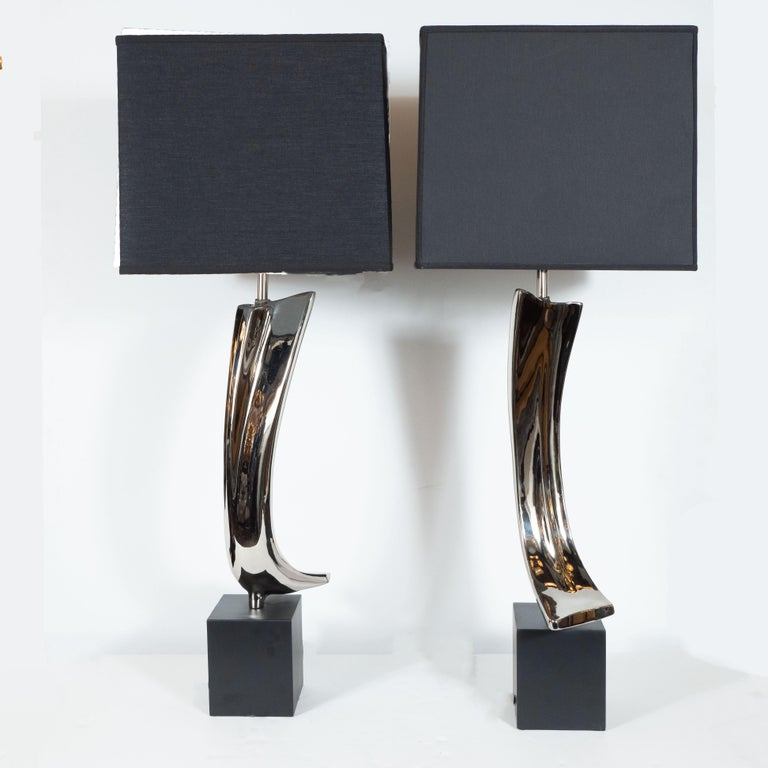 Pair of Midcentury Brutalist Table Lamps for Laurel Lamp Co. In Excellent Condition For Sale In New York, NY