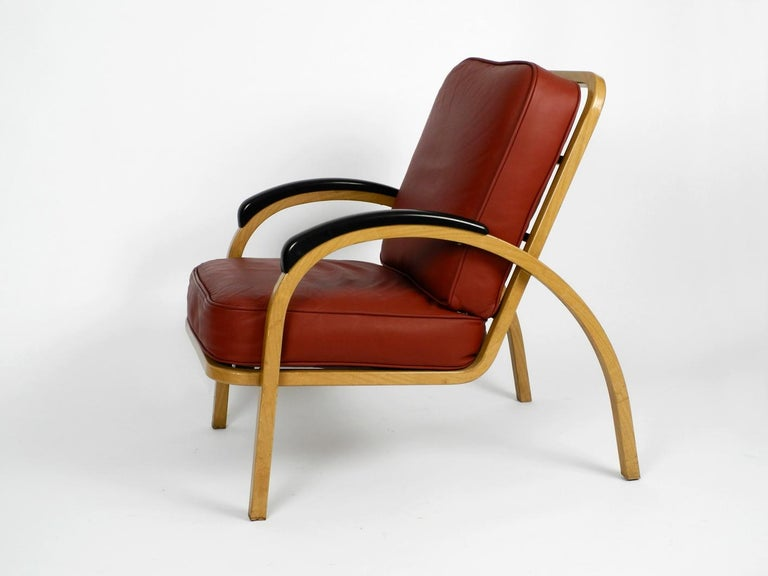 Pair of Midcentury Metal Leather Armchairs Newly Upholstered Norman Bel Geddes In Good Condition For Sale In München, DE