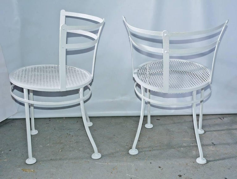 Pair of Midcentury Metal Patio or Garden Chairs In Good Condition For Sale In Great Barrington, MA