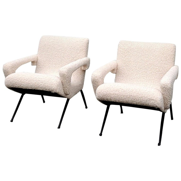 Pair of Mid-Century Modern Compact Armchairs in White Bouclette, France, 1950s For Sale
