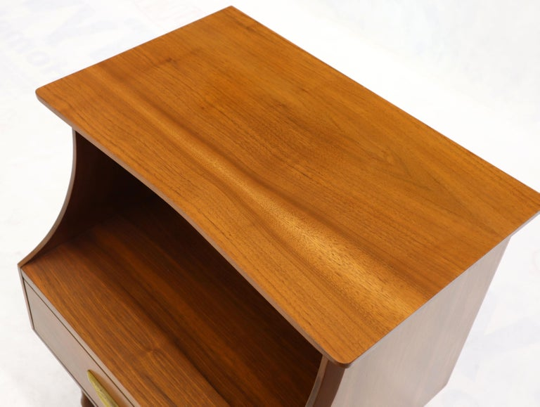 Pair of Midcentury Modern Light Walnut One Drawer Step Nightstands For Sale 3