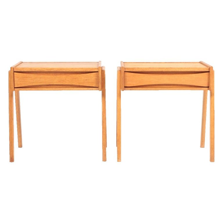 Pair of Midcentury Nightstands in Oak, Danish Design, 1960s For Sale