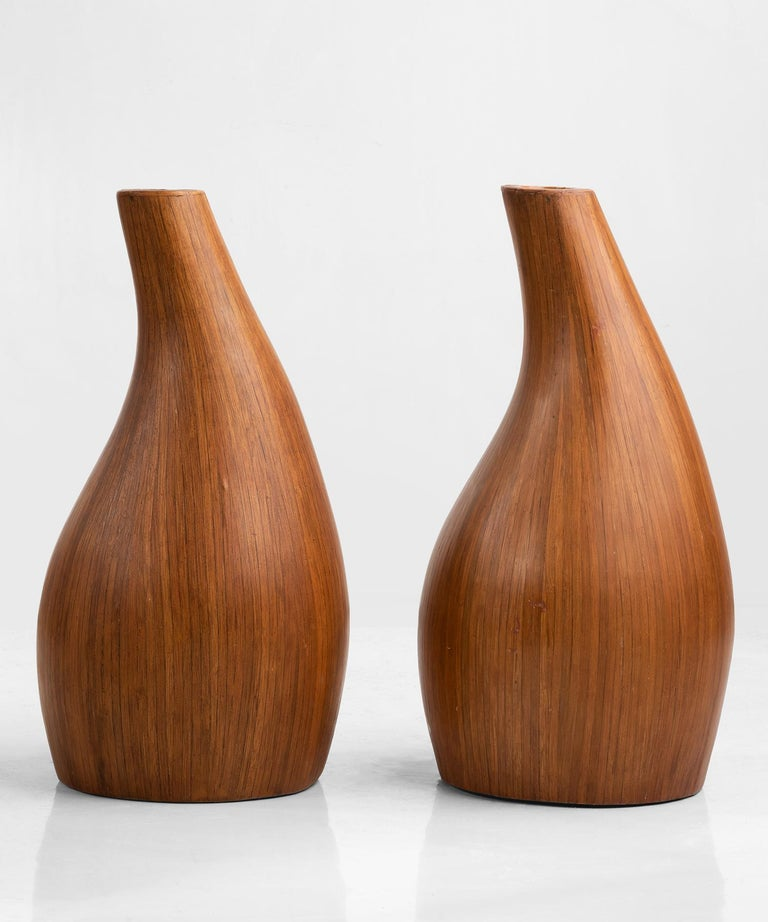 Pair of Midcentury Palm Wood Vases, America, 1950 In Good Condition For Sale In Culver City, CA