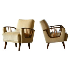 Pair of Midcentury Paolo Buffa Style Lounge Chairs with Wooden Armrests