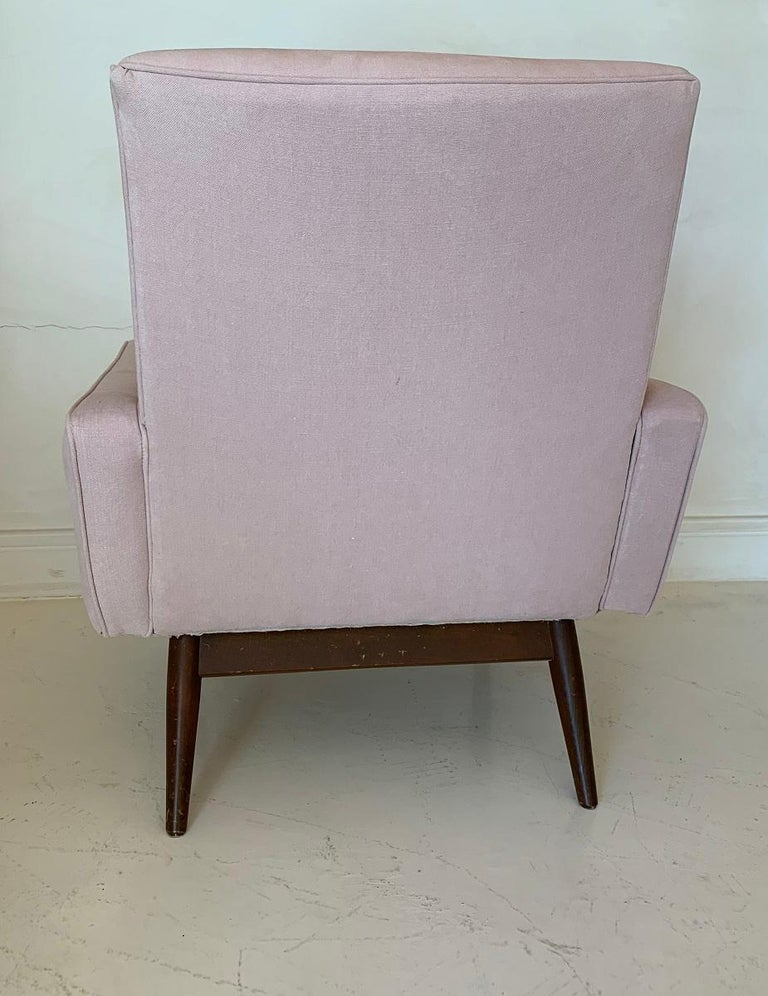 Hand-Crafted Pair of Midcentury Pink Lounge Chairs For Sale