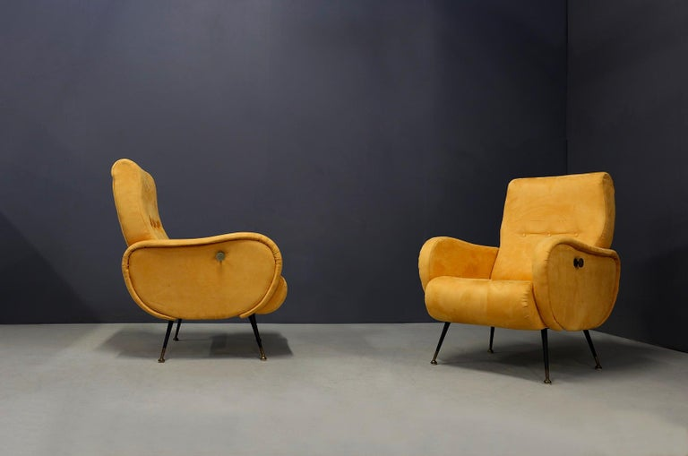 Mid-20th Century Pair of Midcentury Reclining Armchairs in Yellow Velvet in Zanuso Style, 1950s For Sale