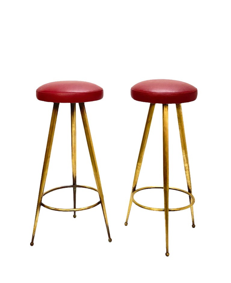 Pair of Midcentury Red Vinyl and Brass Tripod Italian Bar Stools, 1950s For Sale 5