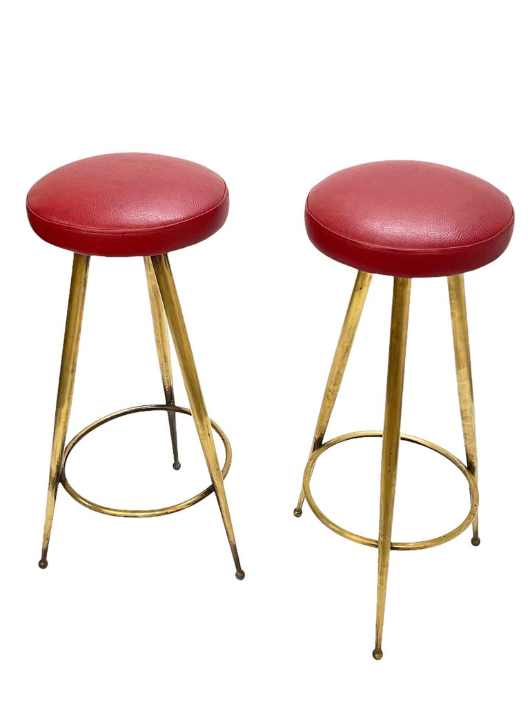 Pair of Midcentury Red Vinyl and Brass Tripod Italian Bar Stools, 1950s For Sale 6